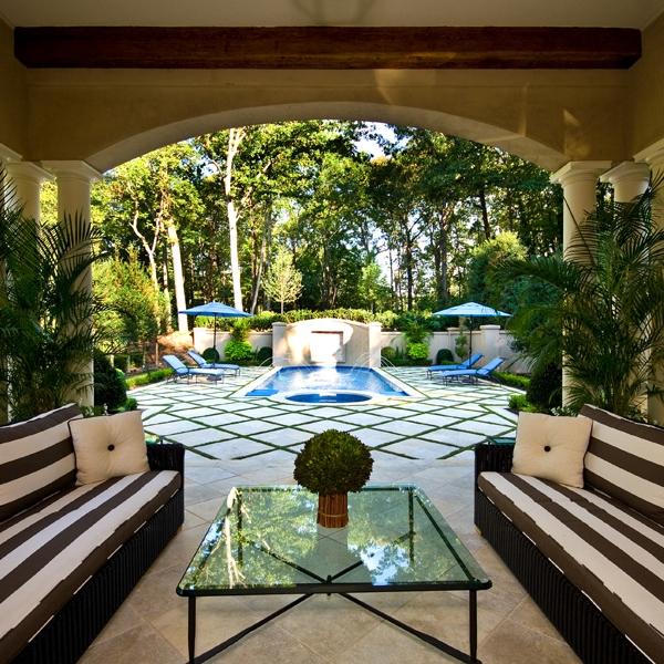 backyard-pool-water-features.jpg