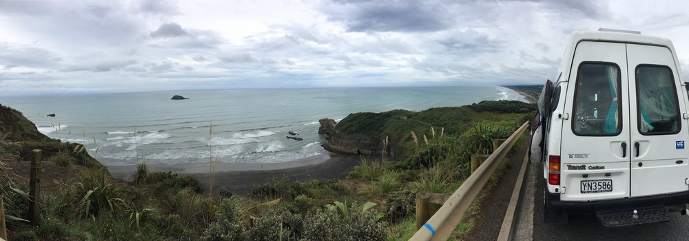 Great to be back in nature! Overlooking Maori Bay (left) and Muriwai (right - in the distance)