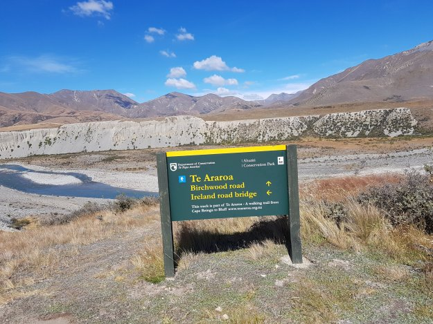 Following the Te Araroa Trail