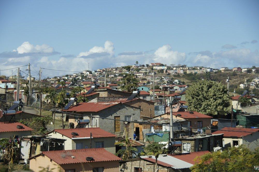 slum-509410_1920.jpg