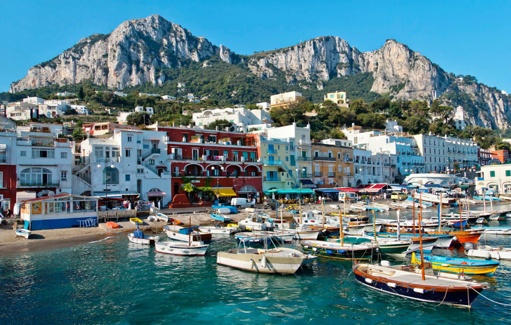 Capri Italia.jpg