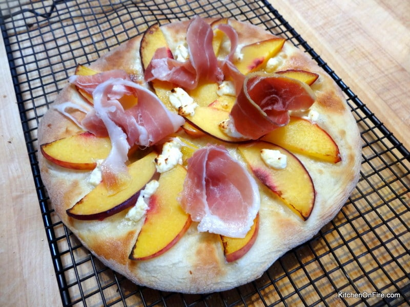 Peach-and-Prosciutto-Pizza-w-Balsamic-Dressing-9734-800x600.jpg