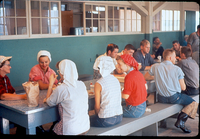 Another picture of the APA canney lunch room.jpeg