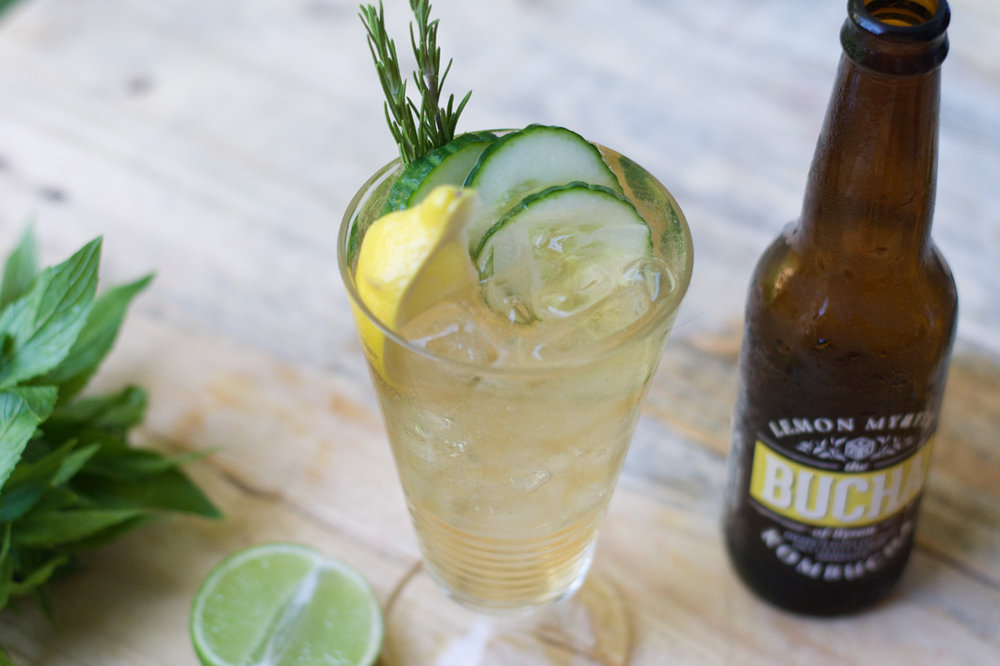 What actually is kombucha? - Delving into what kombucha actually is, the health benefits and some amazing recipes.