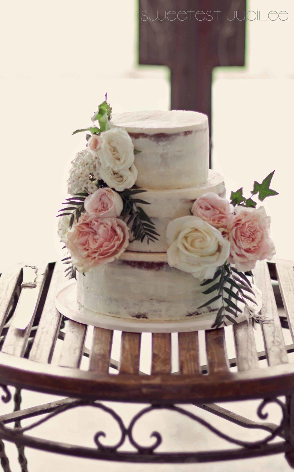 Cara - wedding cake.jpg