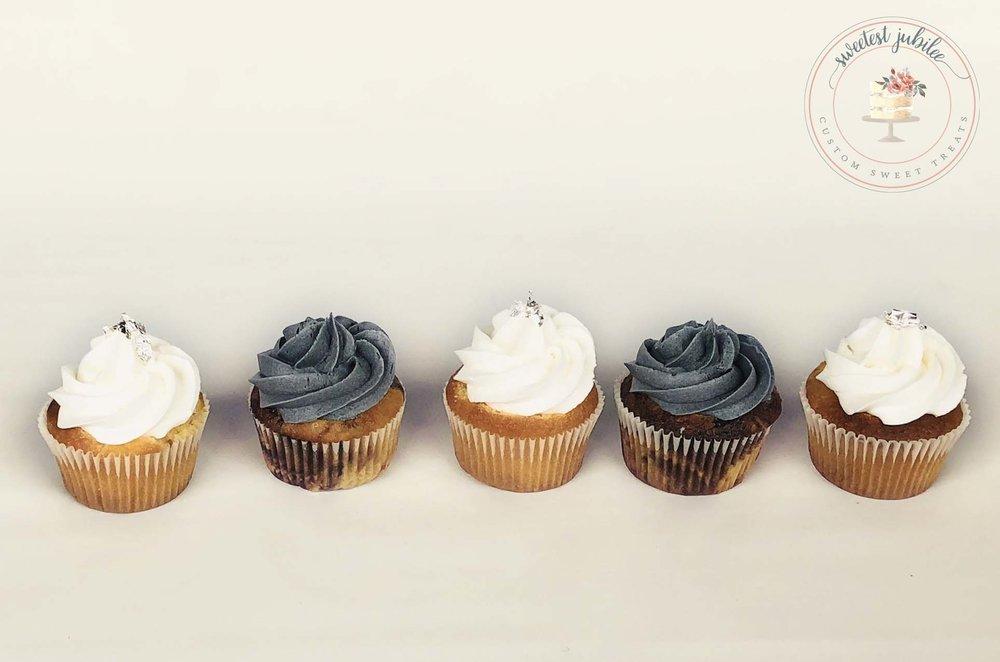 Ella - cupcakes.jpg