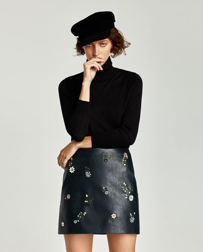 Zara - Mini Skirt With Appliques