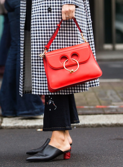 BAG - A red bag is your easy starting point to the trend