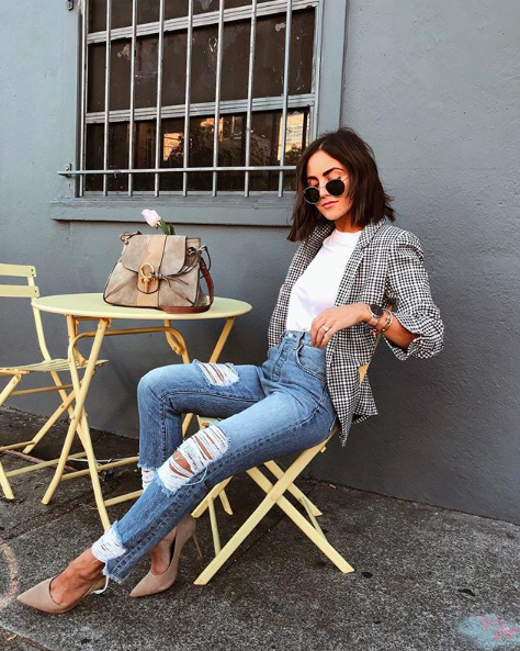 - Fun and feminine, this lightweight linen-blend blazer is a refreshing new take on sophisticated, warm-weather layering. Add a light blue ripped denim for a subversively cool look!@stephweizman is 5'2