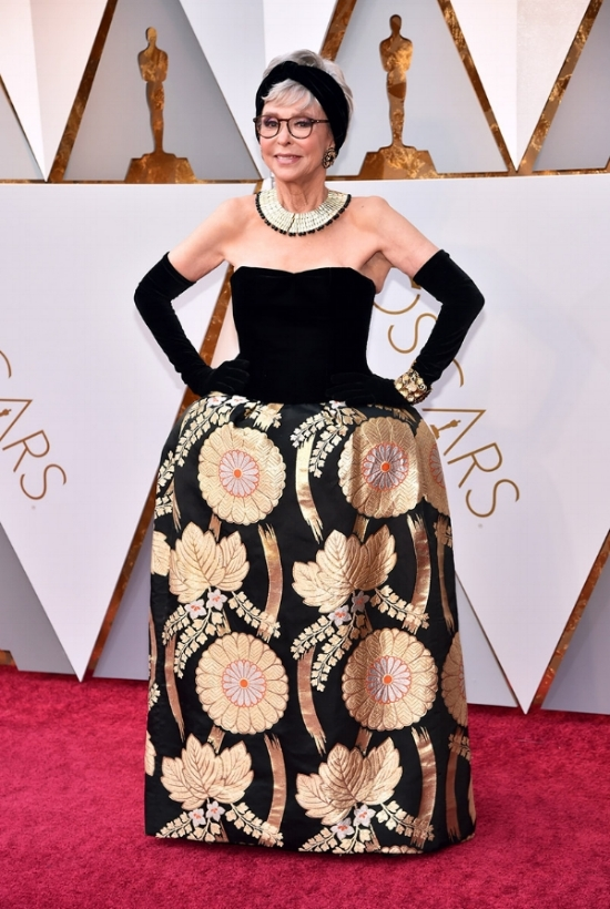 rita-moreno-oscars-2018-red-carpet.jpg