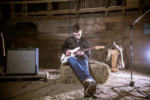 Alex Jesus - Guitar