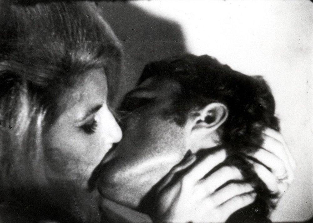 Warhol-kiss.jpg