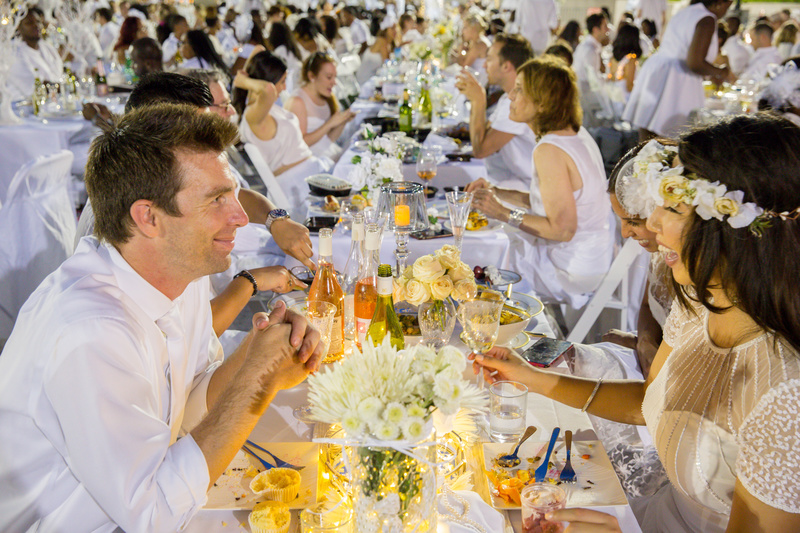 diner-en-blanc-lincoln-center-nyc-untapped-cities1.jpg