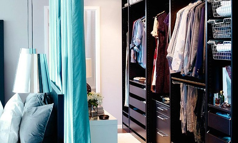 walk-in-closet-using-curtain-partitions--e1486950176743.jpg