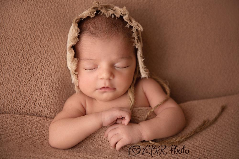 Pheonix-newborn-photographer-v3.jpg