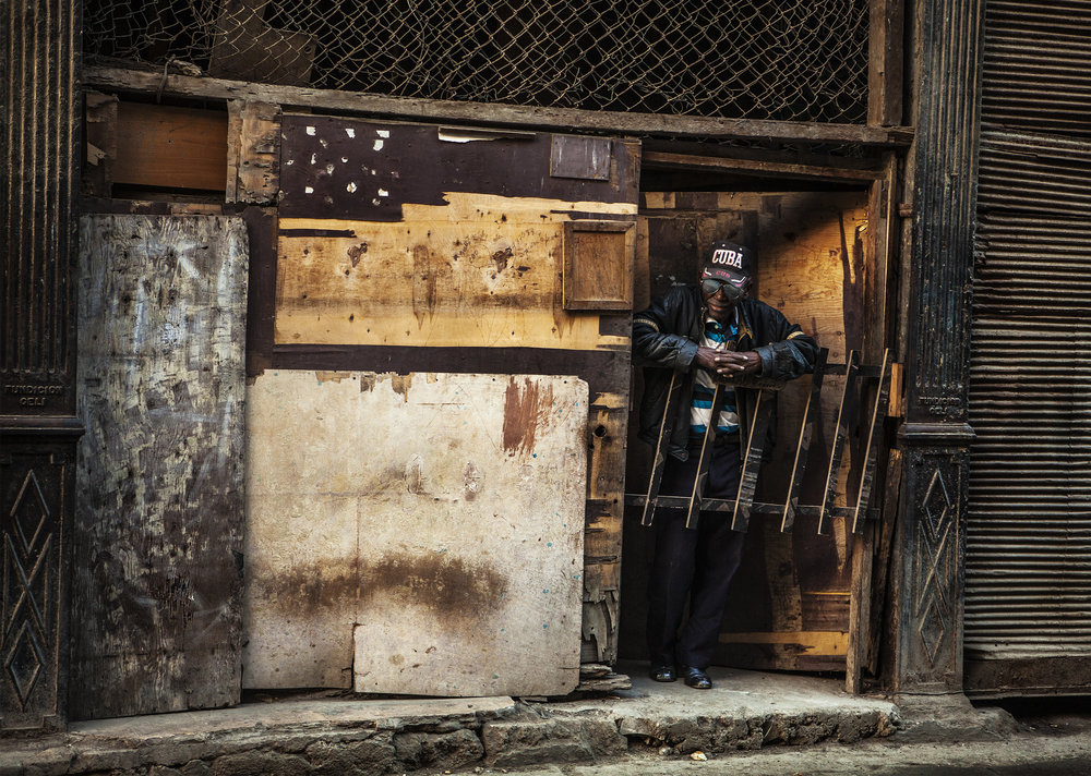CUBANO_KOFI_PAINTSIL__STUDIO_PHOTOGRAPHY.jpg