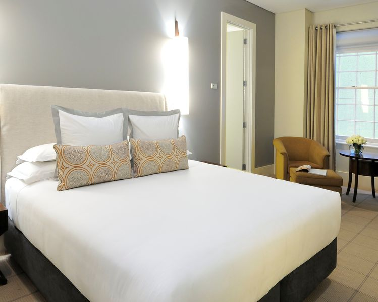 hotel-lindrum-melbourne-mgallery-studio-room-2013_0.jpg