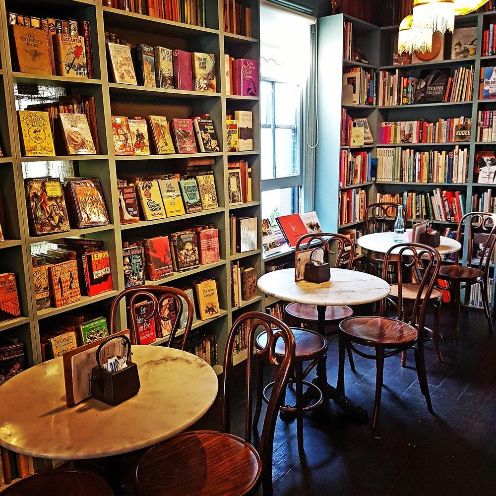 Ampersand Cafe & Bookstore - 悉尼独一无二咖啡书店