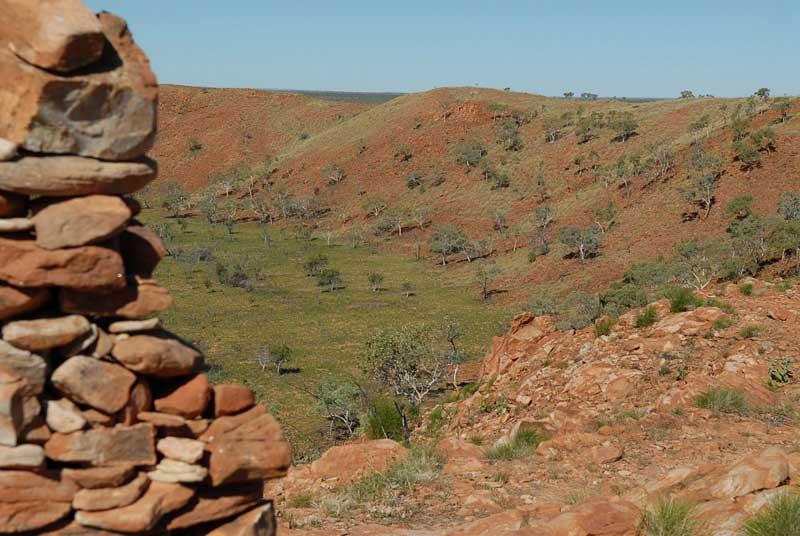 西澳的Wolfe Creek陨石坑