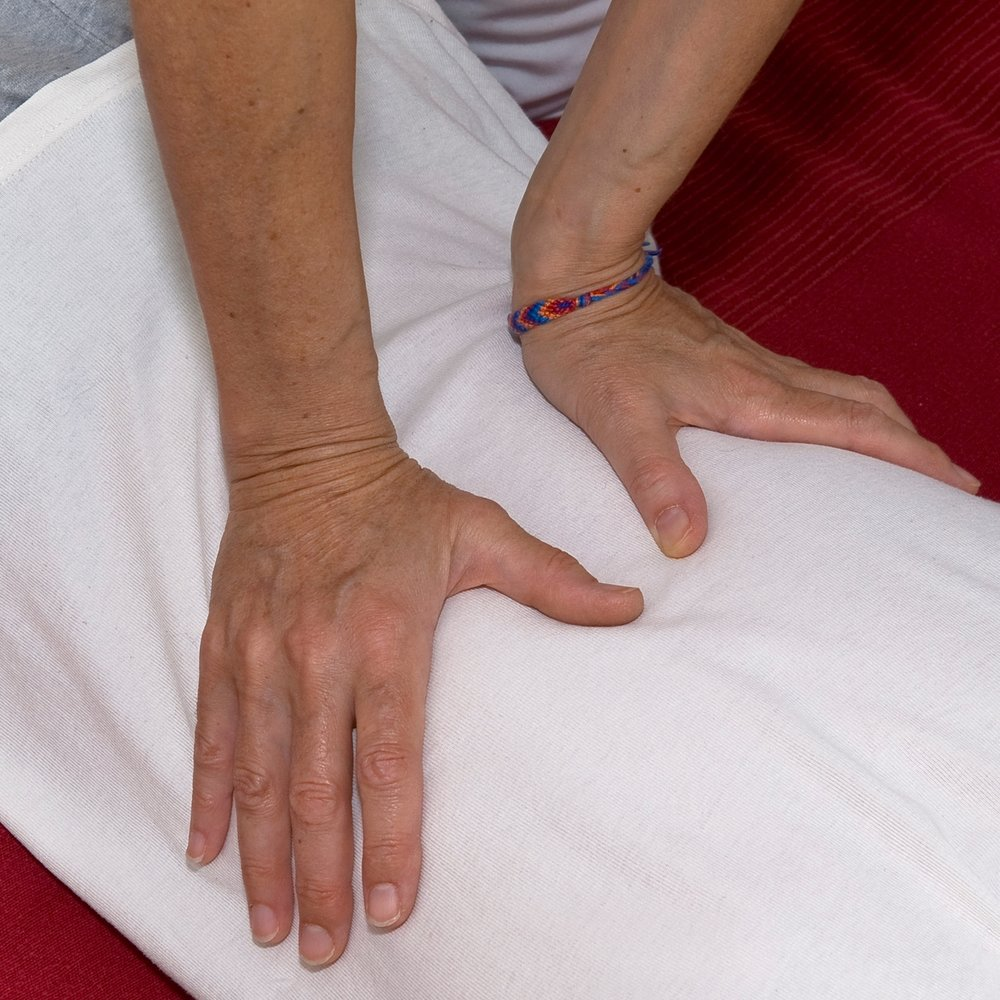 Karin-Kehrer-Shiatsu-Detail-Hände-Massage-2