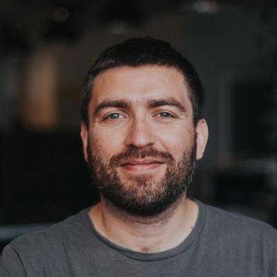 Klaus Hott  Smart Contract Developer/Auditor