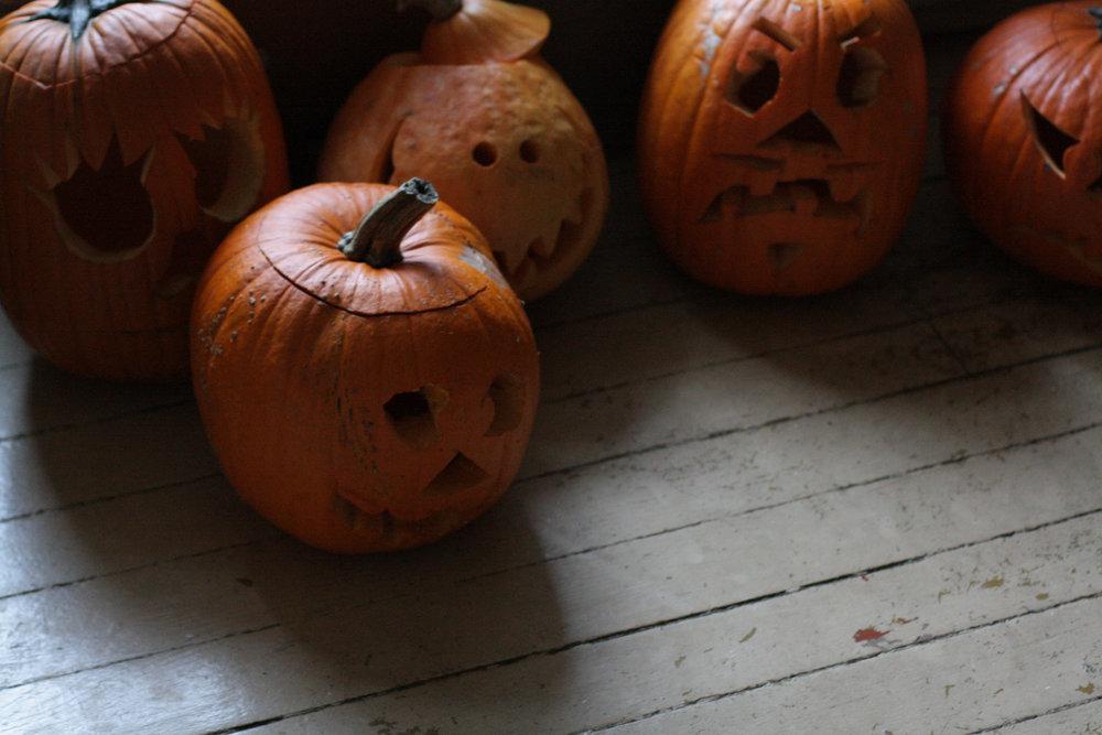 B16_Oct10_Carved_Pumpkins.jpg