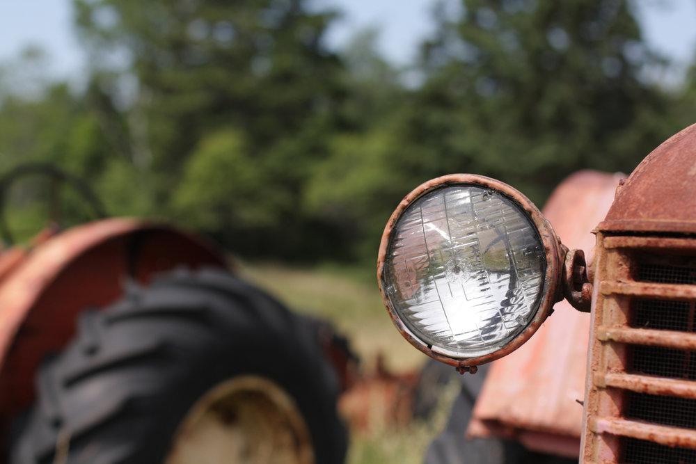B16_Jun04_Tractor_Farm_10.jpg