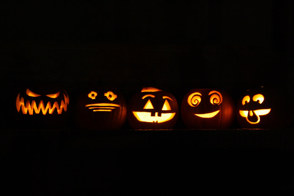 B15_Oct13_Carving_Pumpkins_2015_19.jpg