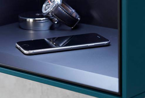 smart features - On request, a wireless smartphone charging station can be integrated in the side cabinet and shelves.Mirror optionally available with high-quality Bluetooth® Sound+ sound systemOptional automatic anti-fogging function available for the mirror