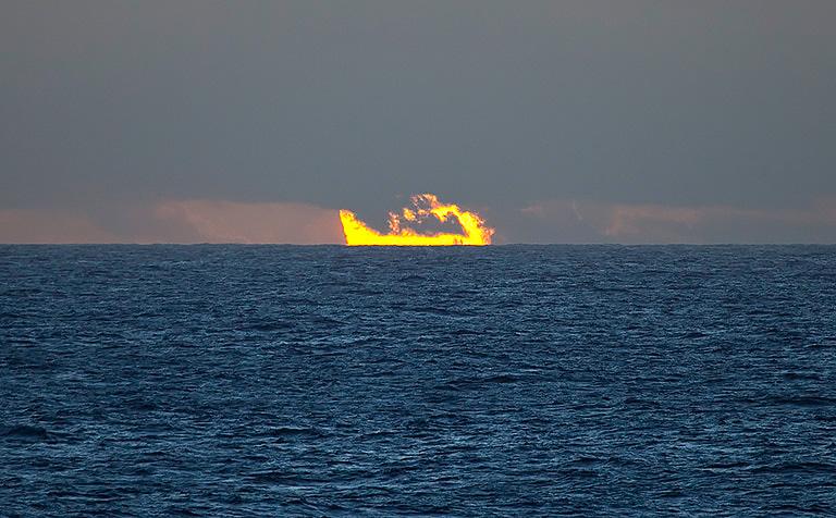 Ocean Sunset e-mailhd.jpg