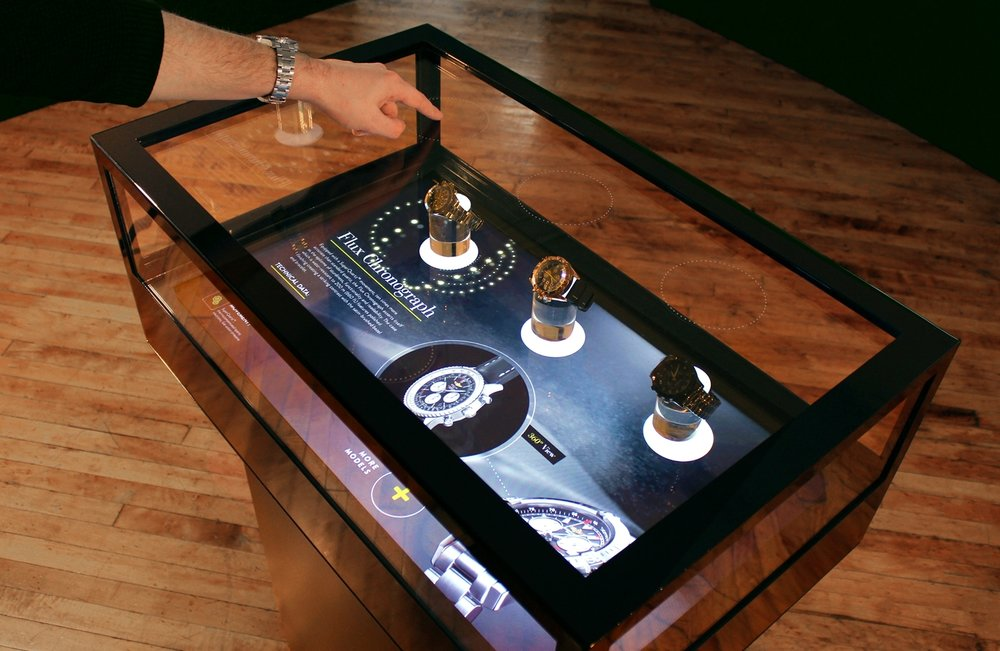Jewelry Box - Interactive display case for jewelry and accessories