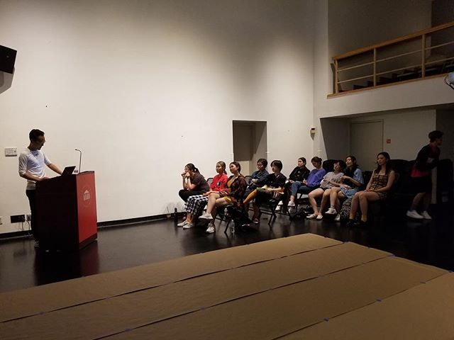 Got some great pictures of the workshop 💃🏻💃🏻👨🏻🎨🎨 . . . . .  #uarts #workshop #performanceart #drawing #lecture #internationalstudents #artist #phillyart #artworkshop #kunst