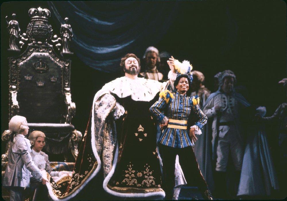 Oscar in  Un Ballo in Maschera , Metropolitan Opera