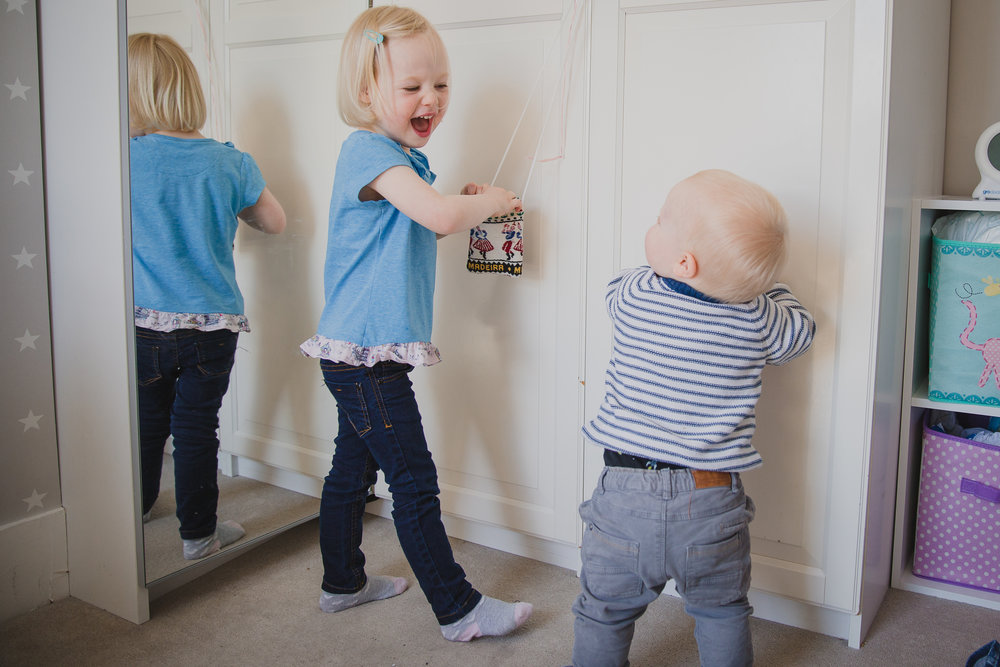 Sibling love | Kirsty Hamilton Photography