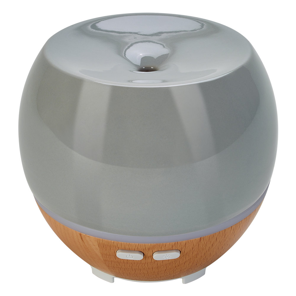 Ultrasonic Aroma Diffuser  - Colour changing light - Up to 6 hours of continuous run time and 12 hours of intermittent runtime - Includes a starter kit of essential oils
