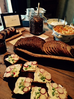Uitgebreid ontbijt en broodjeslunch
