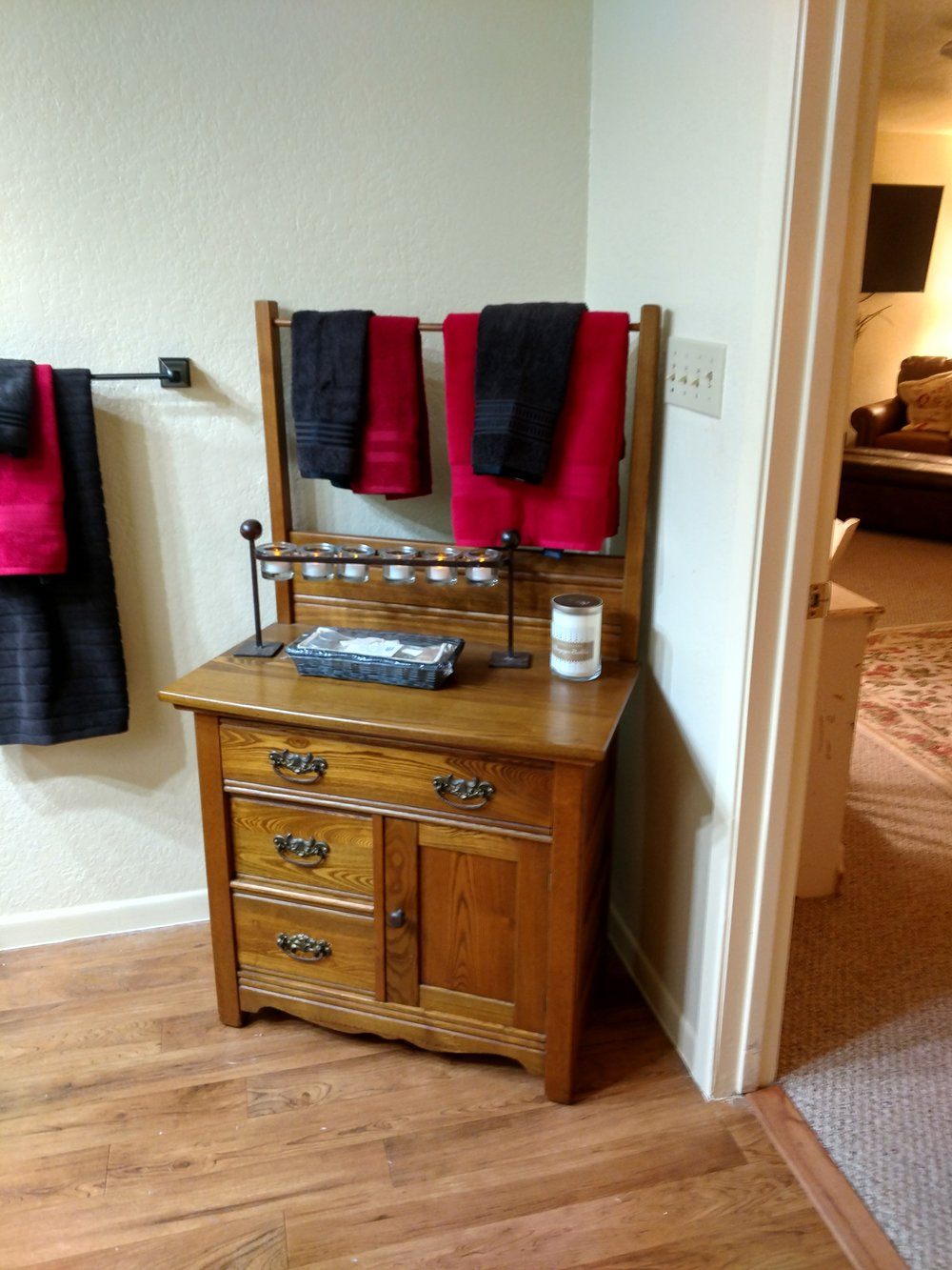 Grande Room Bathroom Bureau