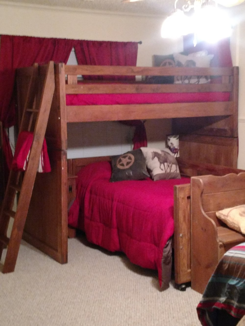 Howdy Roo Room Bunk Beds
