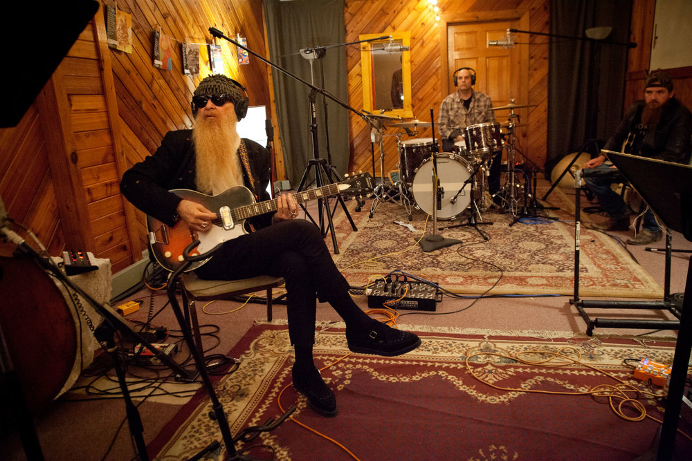 Billy Gibbons, M. Giovino; (unknown) Nashville TN