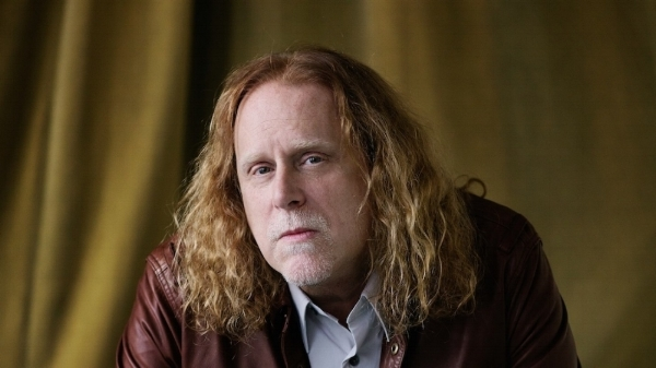 Warren_Haynes_Danny_Clinch_Crop1-1480x832.jpg