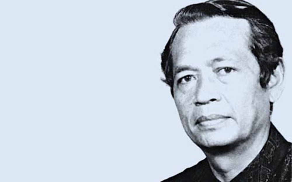 Indonesian modernist writer Mochtar Lubis