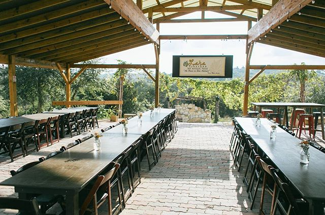 Whether you're wine lovers or simply adore the gentle breeze of an easy Texas night, Lara Vineyard is a perfect place for your #wedding ceremony and reception. Check out or newest partner venue online! We love 😍it! #texasweddingvenue #weddingplanners #weddingplanning
