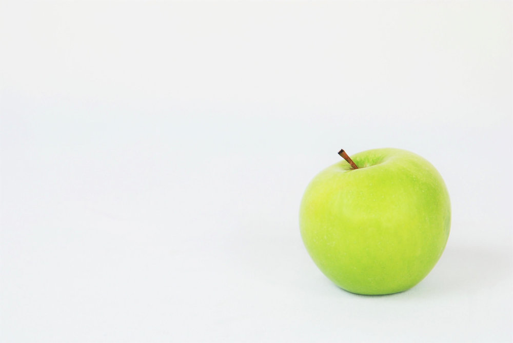 The average age of an apple in a grocery store in the United States is  11months. -
