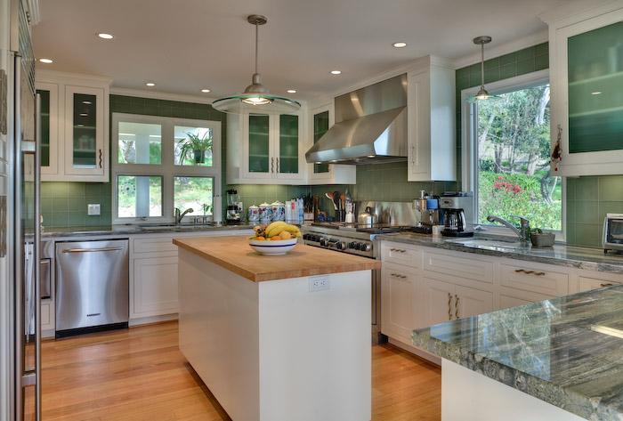 Garufis Kitchen1.jpg