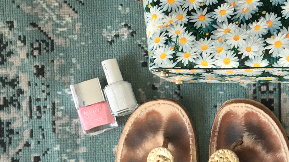 Nail polish  :  Butter  and  Essie