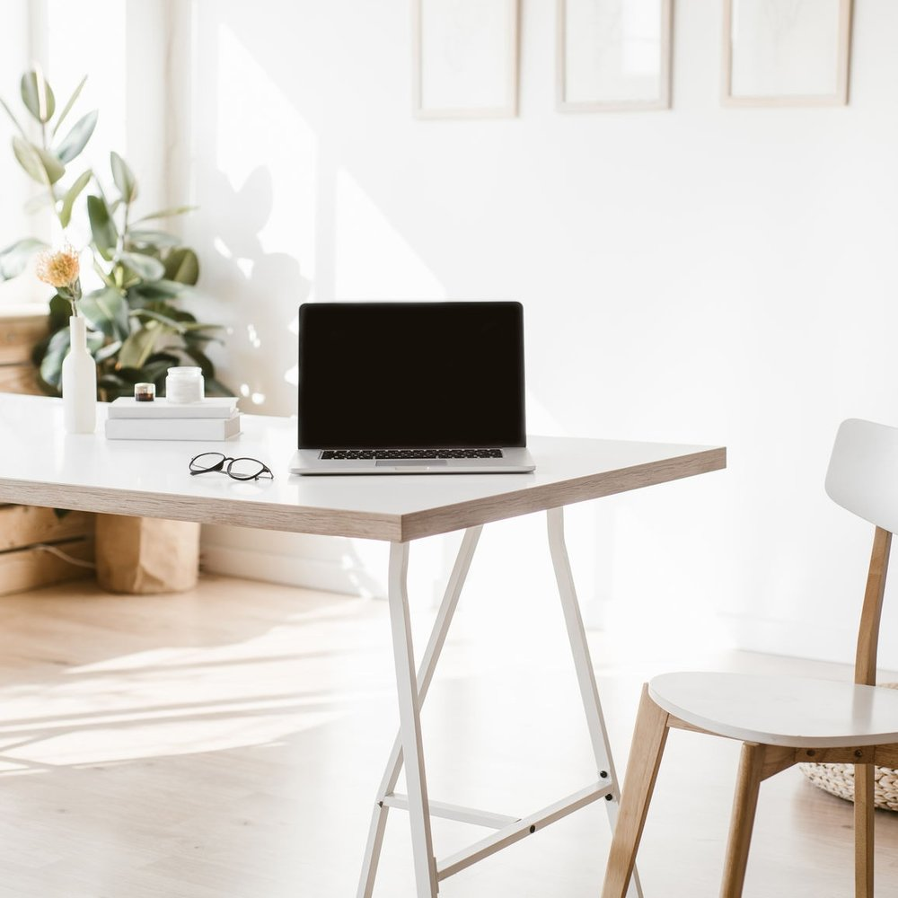 Canopy_Desk.jpg