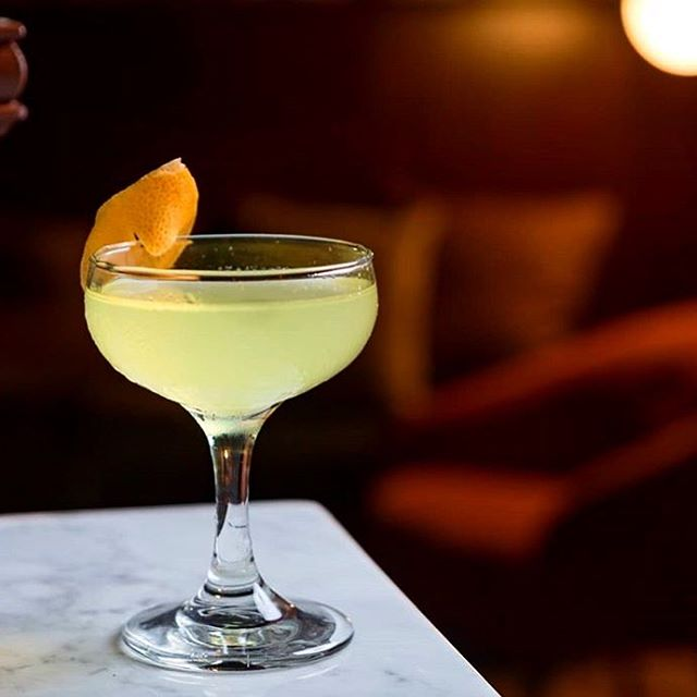 There's only one way to get your weekend started: sipping one of our signature cocktails in the heart of DTLA. At Testa, there's a drink for every mood, craving, and feeling. Come on by! Drink & Food specials: 5-7 pm.