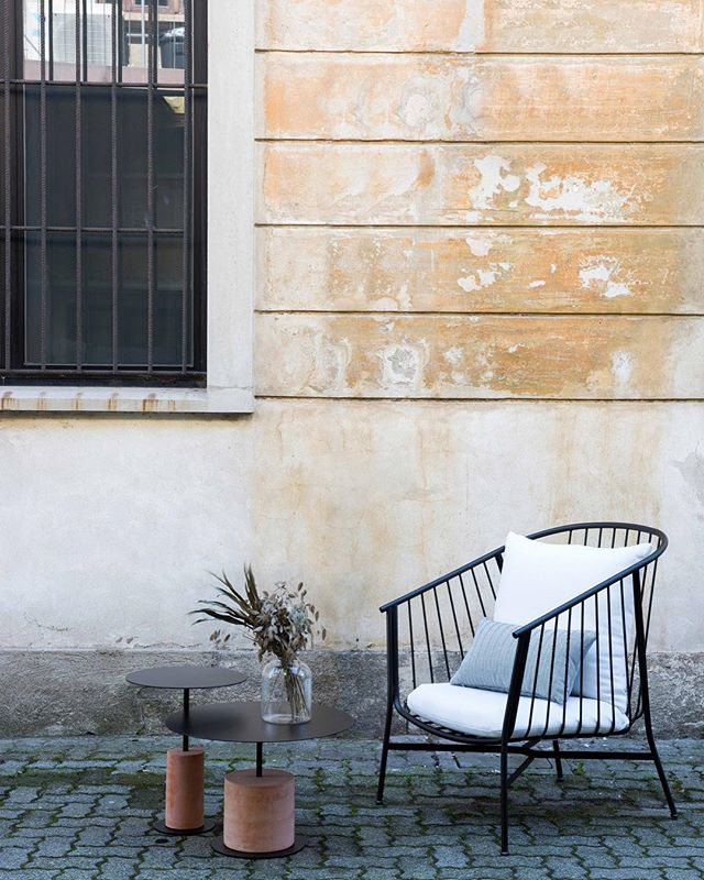 Meet our new additions to the outdoor collection designed by @tom_fereday . Pictured is our Louie table and Jeanette lounge chair. Visit us at @archiproducts_milano to see our 10 new releases!⁣ ⁣⠀ .⁣⠀ .⁣⠀ .⁣⠀ #sp01xmilan⁣⠀ #archiproductsmilano⁣⠀ #zonatortona ⁣⠀ #milandesignweek2019⁣⠀ #mdw19⁣⠀
