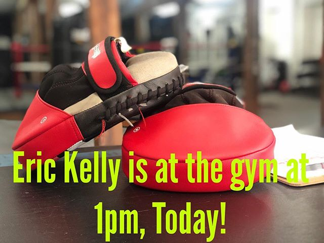 Sorry the inconvenience, if you have booked a training session with @erickellylife please make sure to come in after 1pm today!