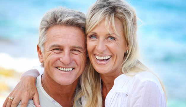 smiling couple 628x363.jpg